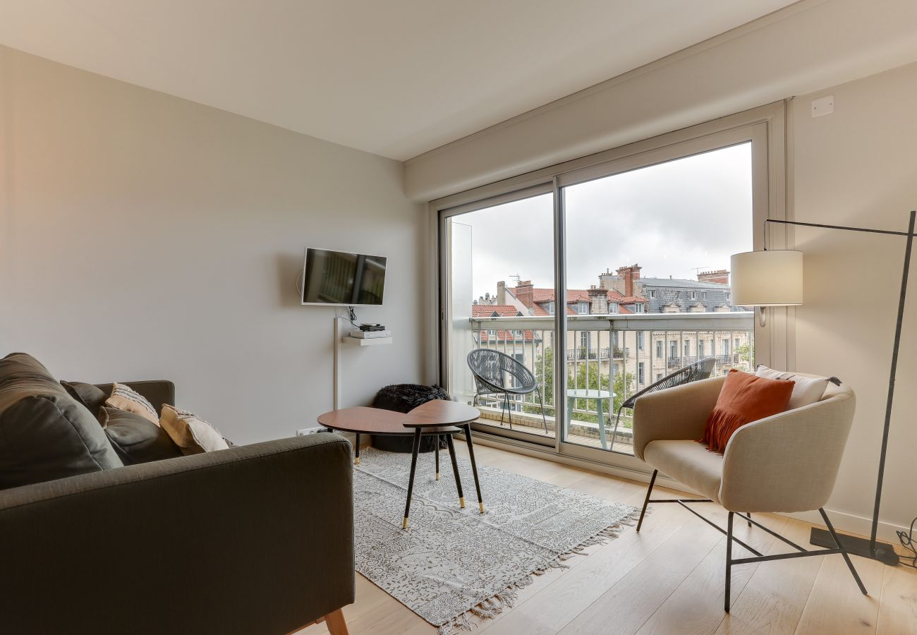 Apartamento en Biarritz - BTZ- ROSTAND Hypercentre Balcon